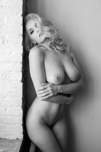 Simply Liz Artistic Nude Photo by Photographer Liquidcanvas Studios