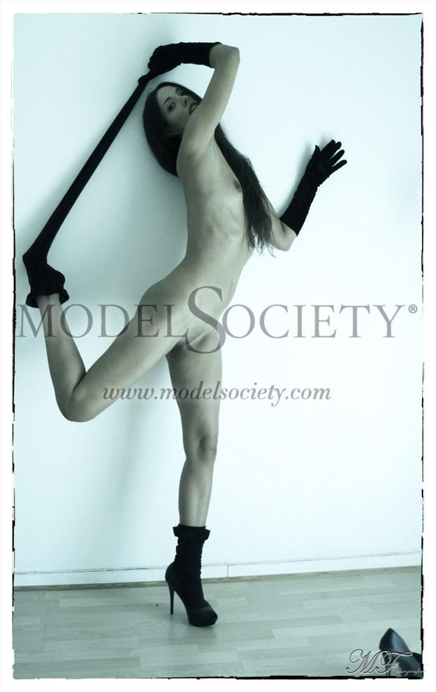 Sir%C3%A9ne Urbaine 4 Artistic Nude Photo by Photographer MFPhotographer60