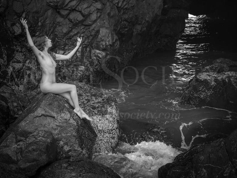 Siren Artistic Nude Photo by Photographer Inge Johnsson