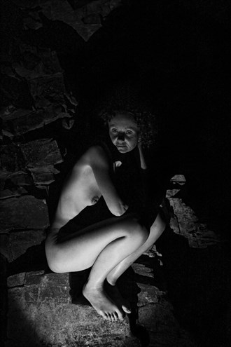 Sitting in the Shadows Artistic Nude Photo by Photographer Photorunner