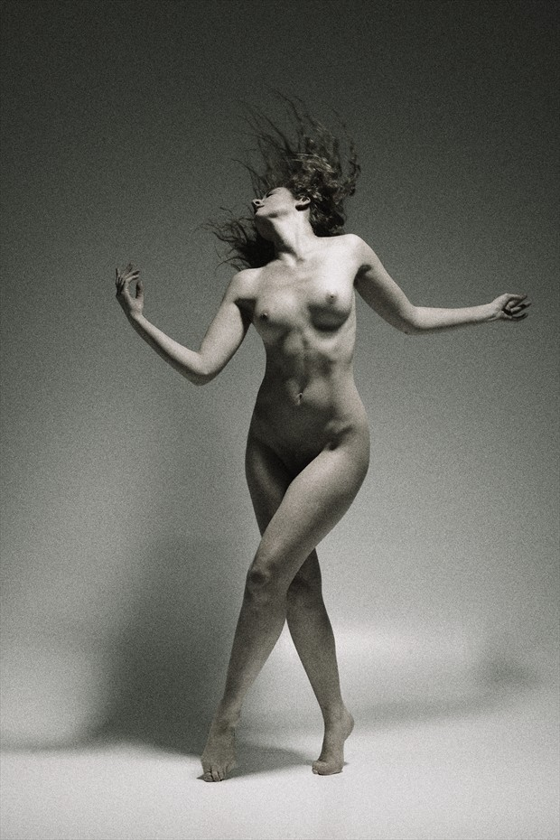 Soft Dances II Artistic Nude Photo by Photographer Mark Bigelow
