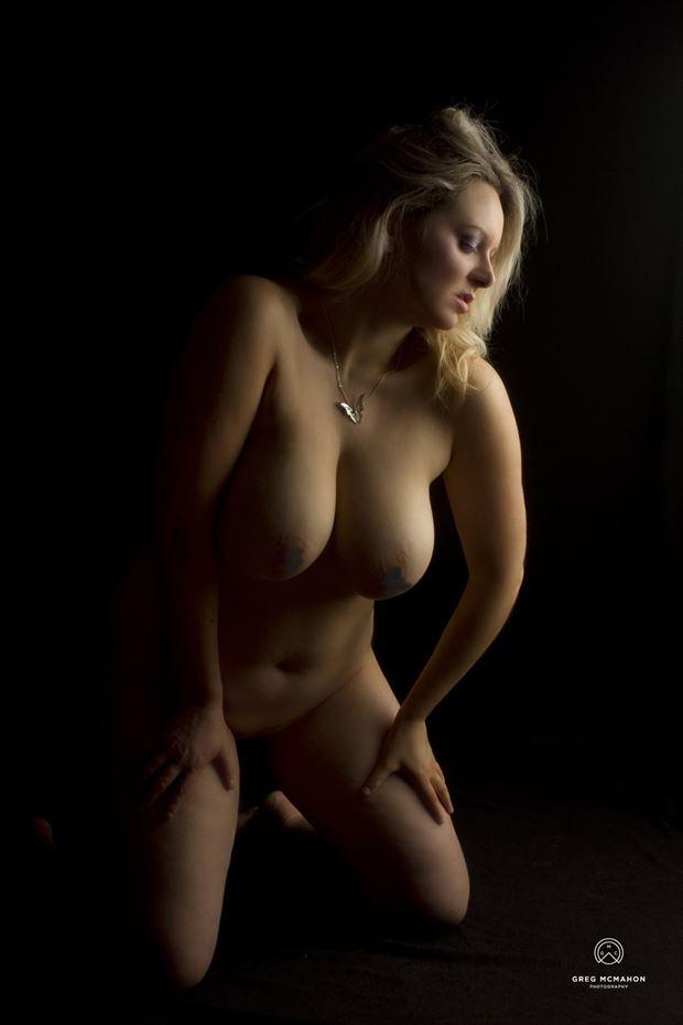Soft Nude Artistic Nude Photo by Model Kelly_Kooper