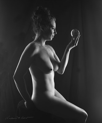 Soothsayer Artistic Nude Photo by Photographer Naturally Scenic