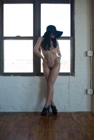 Sophia Artistic Nude Photo by Photographer Stuart McConaghy