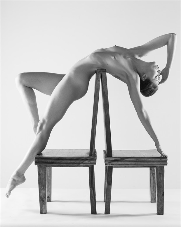 Spanned Artistic Nude Photo by Photographer Richard Maxim