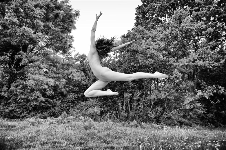 Spring Leap Artistic Nude Photo by Photographer RayRapkerg