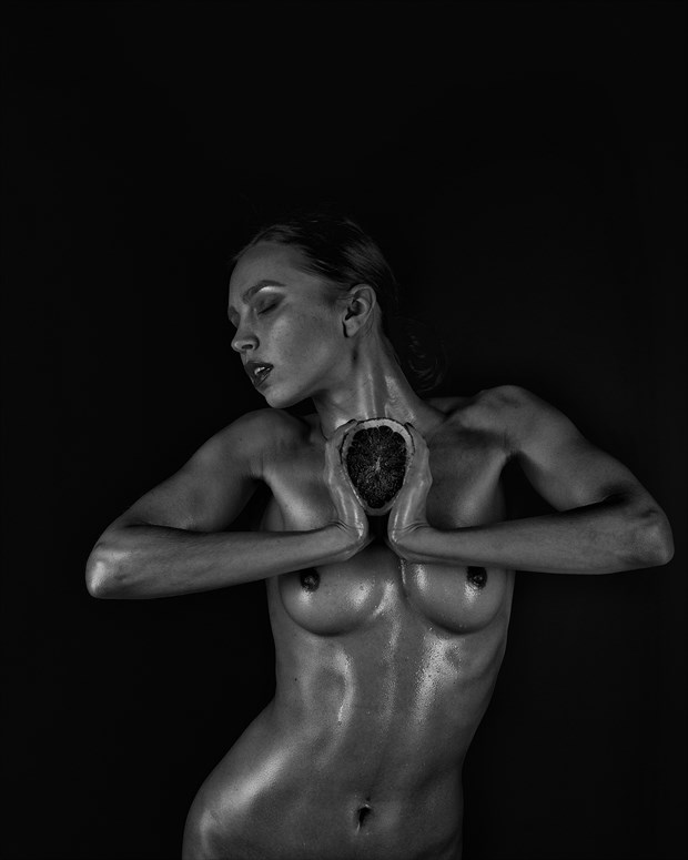 Squeeze Artistic Nude Artwork by Photographer Aperture22