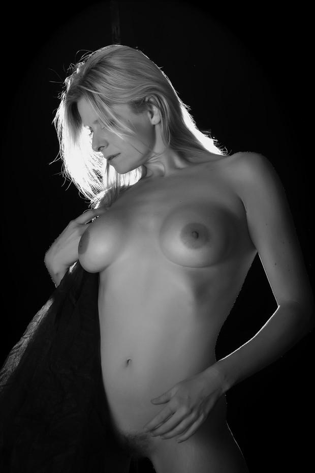 Standing Nude Figure Study Photo by Photographer FortWayneMike
