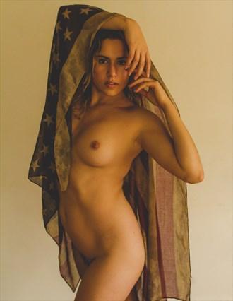 Star Spangled Woman Artistic Nude Photo by Model Reece de la Tierra