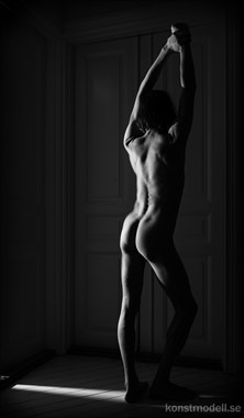 Statuesque Artistic Nude Photo by Model Lars