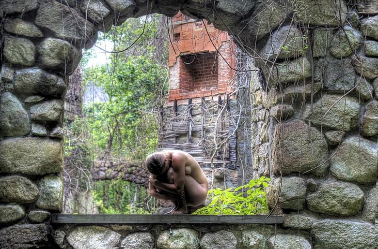 Stone Ark Artistic Nude Photo by Model Vera Juliette