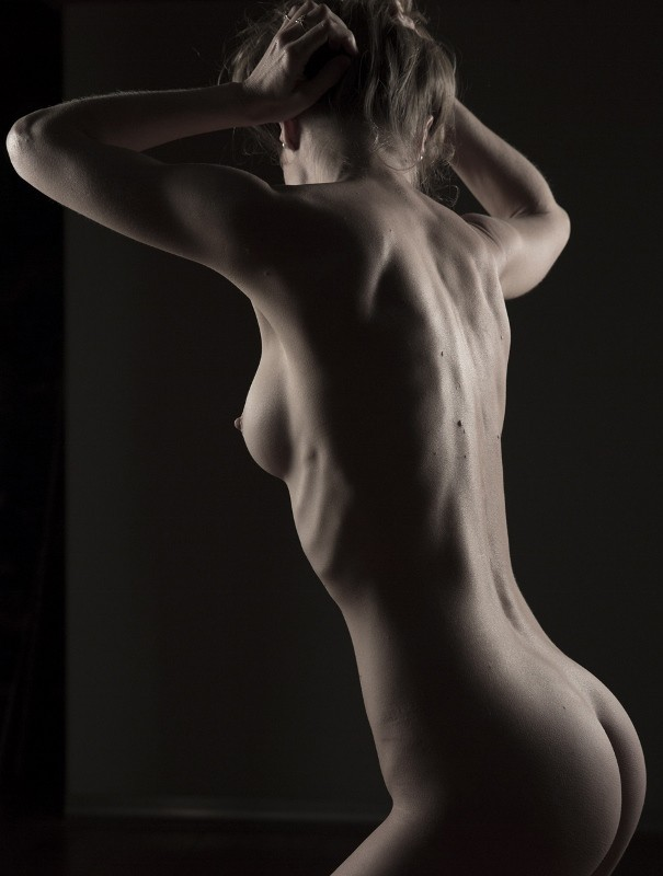 Strength Artistic Nude Photo by Model Joanna