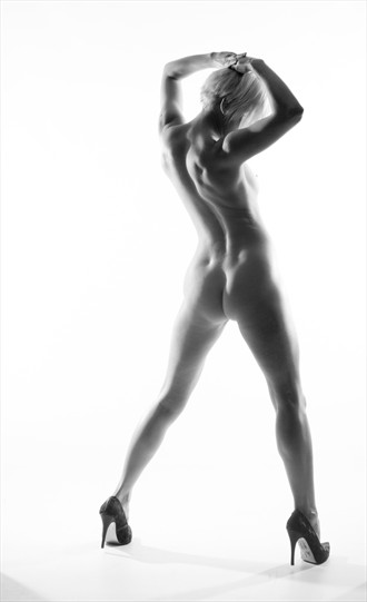 Stretch & Tone Artistic Nude Photo by Photographer mephotography