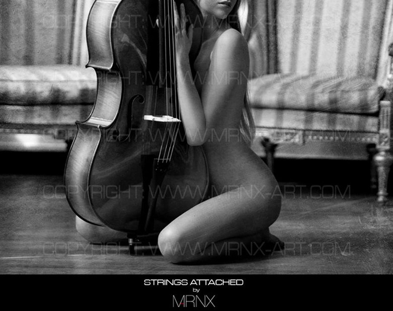 Strings attached Artistic Nude Photo by Model Rubia Stri