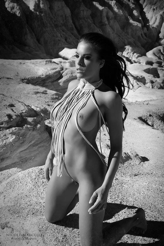 Strings running through the wind Artistic Nude Artwork by Model Ceara Blu