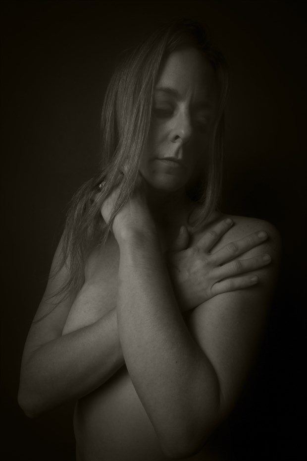 Studio Lighting Emotional Photo by Photographer CurvedLight