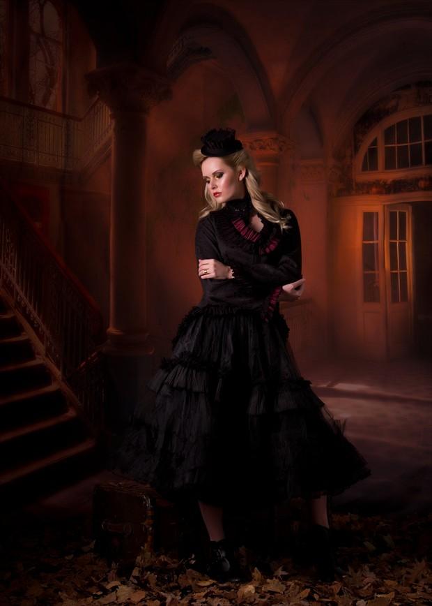 Studio Lighting Fashion Photo by Photographer Malurwin