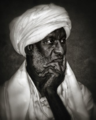 Sudanese Sheikh Portrait Photo by Photographer Vincent Isner