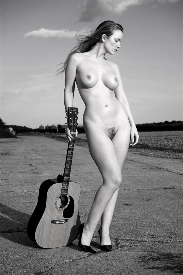 Swift Artistic Nude Photo by Model Muse