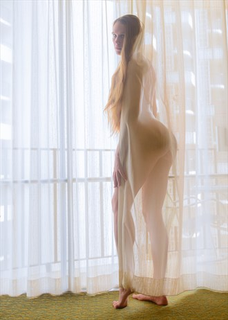 T Heat Artistic Nude Photo by Photographer Jello_Shooter