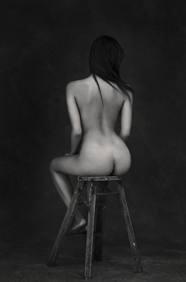Tabouret Artistic Nude Photo by Photographer CommandoArt