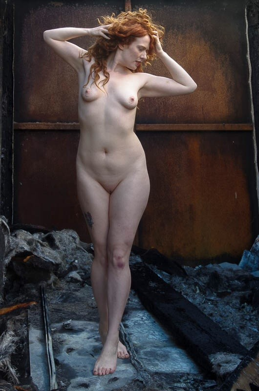 Take a stand  Artistic Nude Photo by Model AnnieMoya
