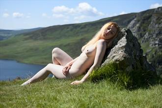 Taking the sun Artistic Nude Photo by Photographer pmurph