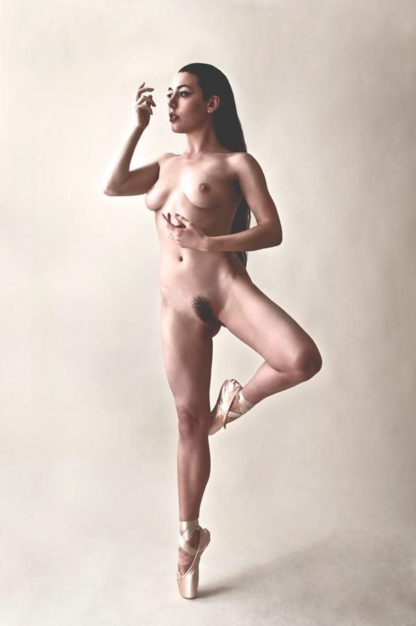 Tea Toes Artistic Nude Photo by Model Gestalta