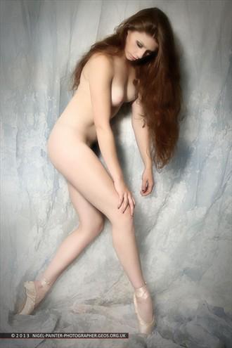 Tegan Artistic Nude Photo by Photographer Nigel Painter