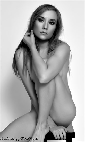 That look! Artistic Nude Photo by Photographer DjC