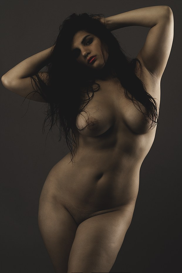 The Curvature of Art Artistic Nude Photo by Model Animaedi