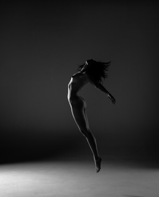 The Freedom Artistic Nude Photo by Model Arielita