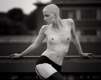 The Look.. Artistic Nude Photo by Photographer Symesey