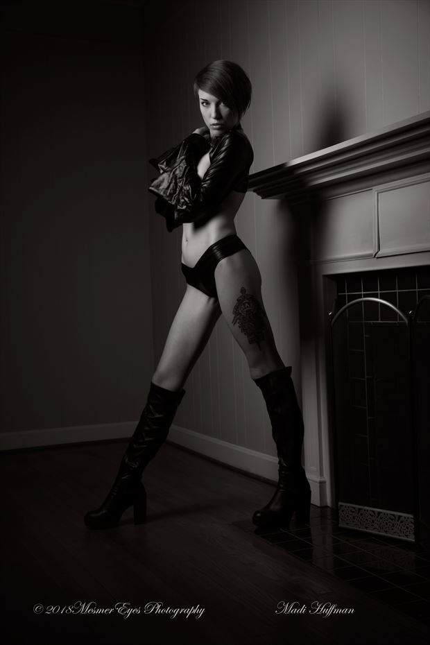 The Madi Mantle Piece Series Fetish Photo by Photographer Mez