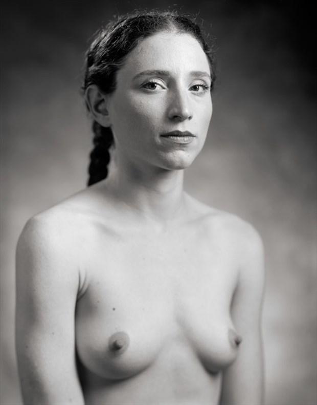 The Portrait Sitting Artistic Nude Photo by Photographer Ektar