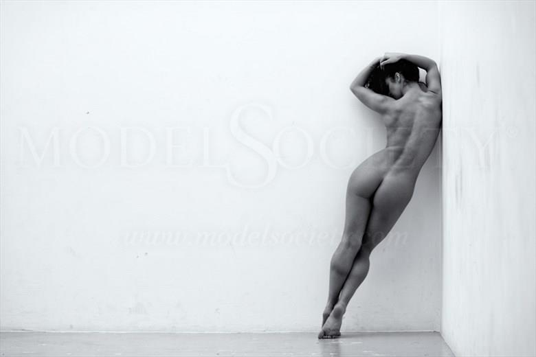 The Wall 2 Artistic Nude Photo by Photographer BenErnst