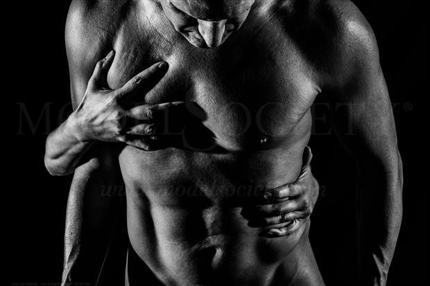 The Weapon of Never Letting Go Artistic Nude Photo by Model Avid Light