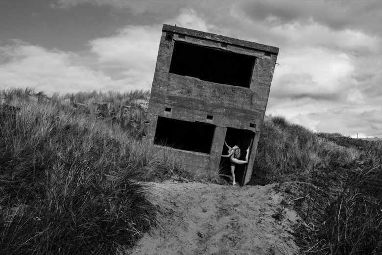The crooked house Artistic Nude Photo by Photographer Lightyear