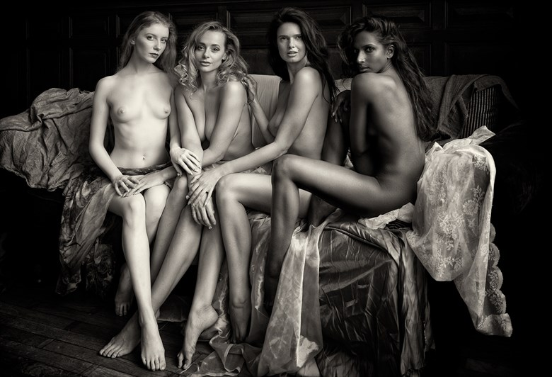 The ladies Artistic Nude Photo by Photographer BenErnst
