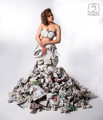 The paperdress Glamour Photo by Model Diana