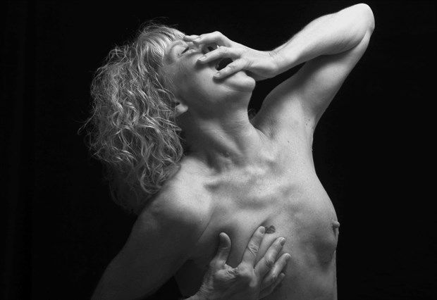 The scream 2 Artistic Nude Photo by Photographer StudioVi2