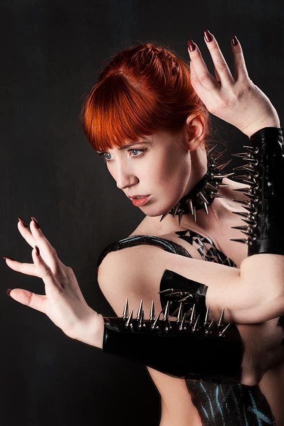 Thorns of a Rose Fetish Photo by Model Deeza Lind