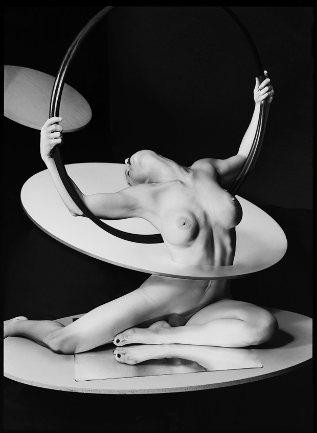 Through Hoops Artistic Nude Photo by Photographer Thomas Sauerwein