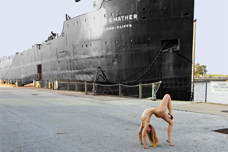 Tiffany Helms Artistic Nude Photo by Photographer Robert L Person