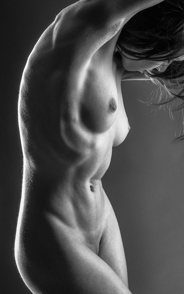 Tight Tummy   Mono Artistic Nude Photo by Photographer rick jolson