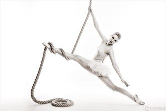Tightrope Artistic Nude Photo by Model Fanny