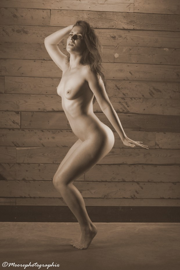 Tilly Artistic Nude Photo by Photographer MoorePhotoGraphix