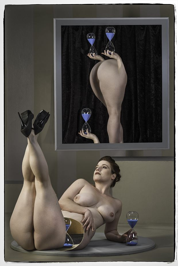 Time and chance Artistic Nude Photo by Photographer Thomas Sauerwein
