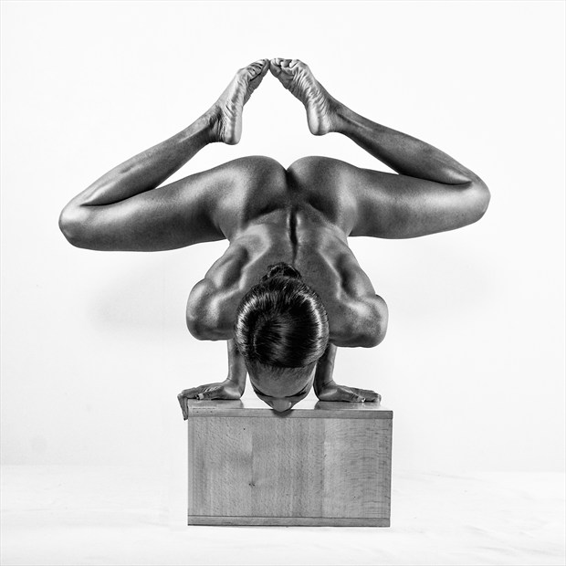 Touching Toes Artistic Nude Photo by Photographer Richard Maxim