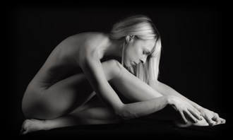Tranquility Artistic Nude Photo by Photographer Excelsior